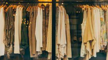 「快時尚」興起 過度消費讓衣服變浪費