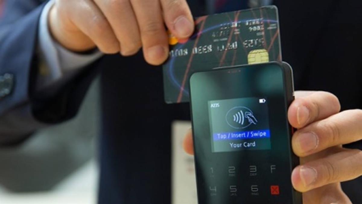 17歲兒拿媽媽信用卡…偷刷120萬 9年後成億萬富翁