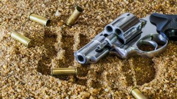 男卡拉OK亮槍遭圍毆死亡 2嫌聲押2嫌交保