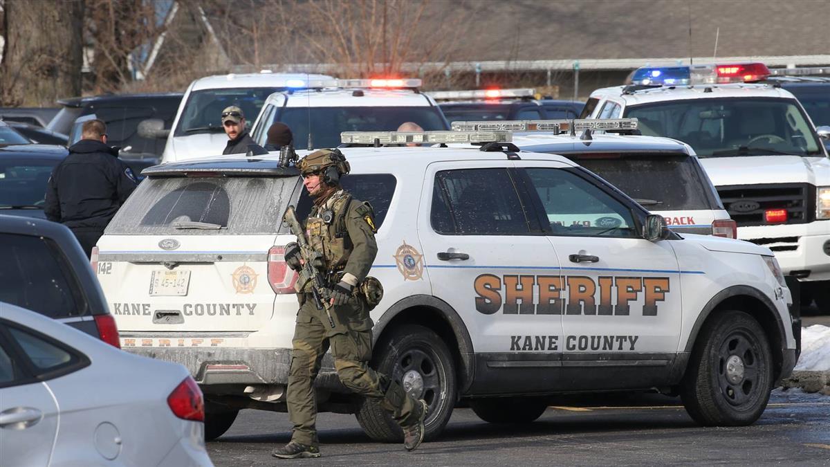 瘋狂掃射!美伊利諾州爆槍擊 凶手遭擊斃釀5死