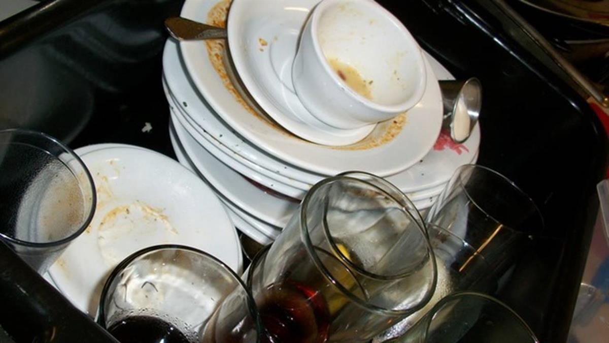 大姑要求洗全部碗 弟媳嗆爆「毒姑」:沒必要伺候你們