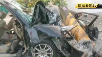 小客車失控自撞電線桿 車輛全毀2人送醫不治
