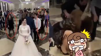 搶捧花變摔角賽!2女激烈纏鬥大露春光…新娘卻笑了