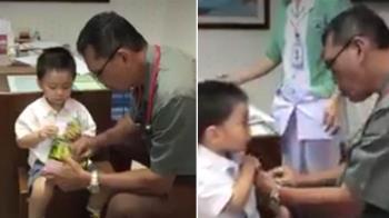 醫師1分鐘打完針孩子不哭鬧 網狂重播:啥時打的?