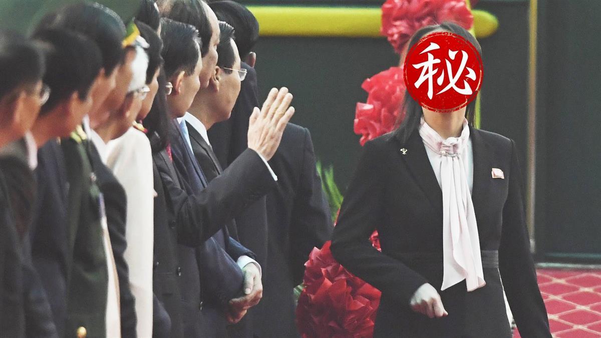 氣場最強北韓最正「金秘書」 一秒甜笑媒體融化了