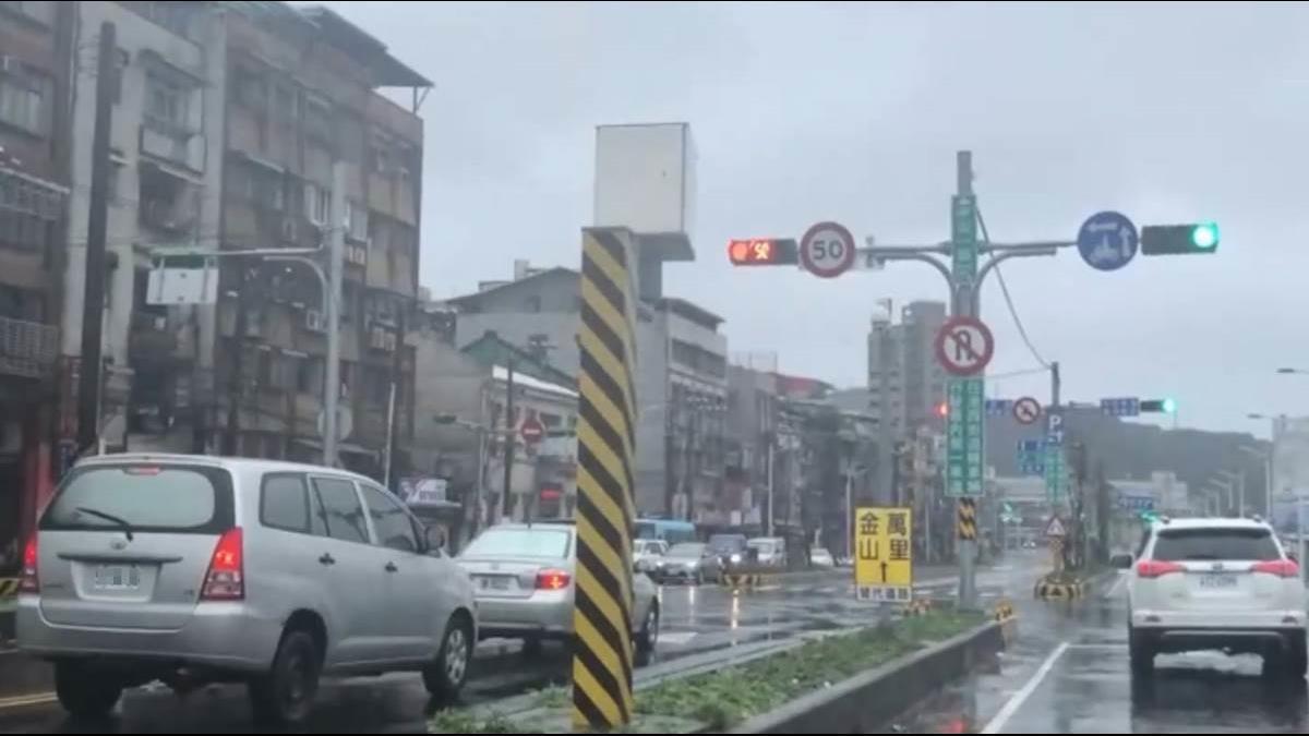 228連假天氣3驟變!一張圖秒懂 「這天」全台有雨