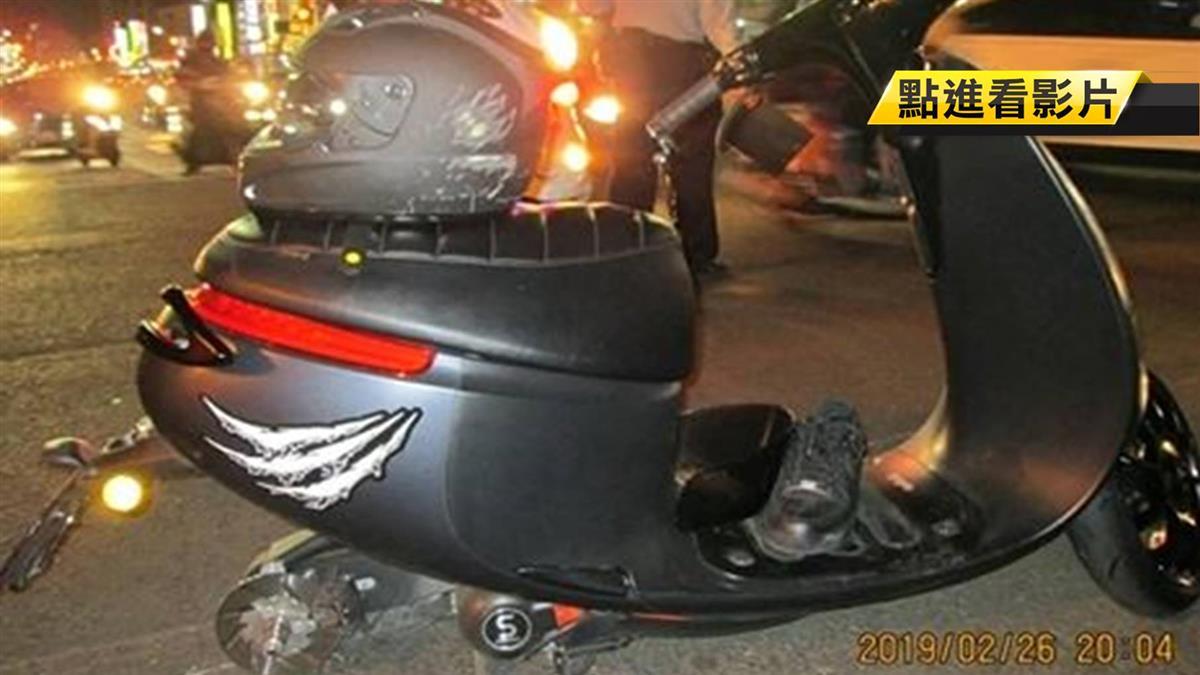 後輪噴飛刮火光!男騎電動車自摔昏迷…驚悚畫面曝光