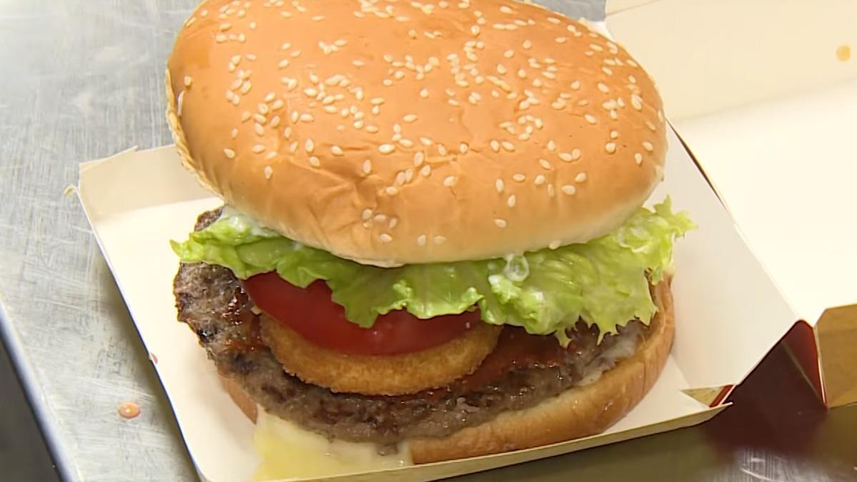 春季限定美墨口味漢堡 七食材疊出新滋味