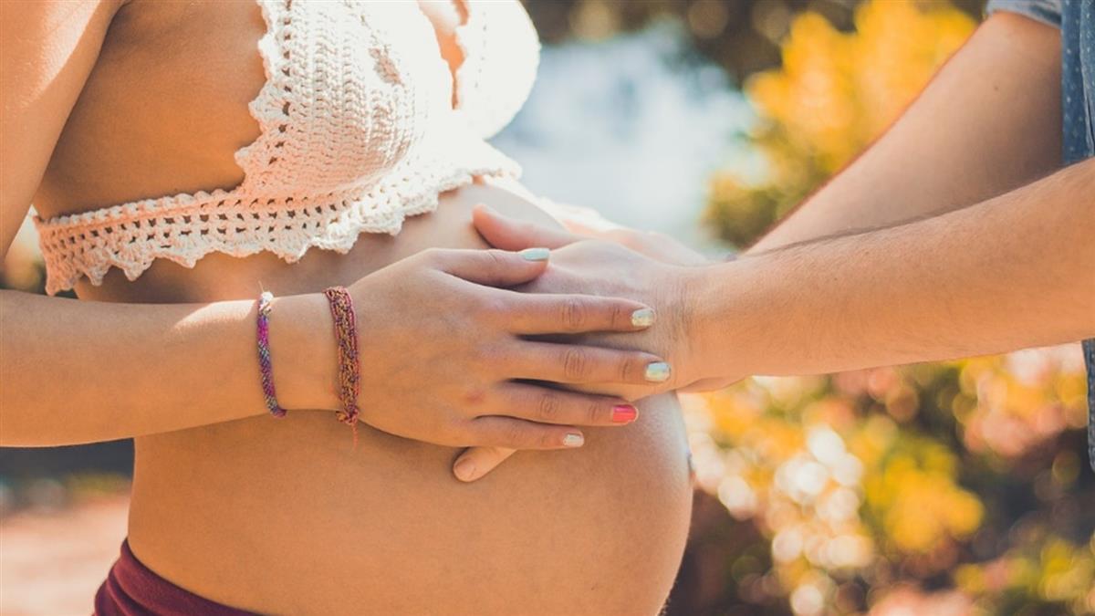 害怕床戰…11個月後竟懷孕!女友:不敢墮胎