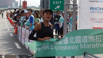 2019台北國道馬拉松  女將傅淑萍完成2連霸