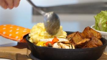 自創舞台「早」創業 精研料理跨海「餐」戰