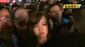 韓冰幫拜票寸步難行 媒體、粉絲癱瘓夜市