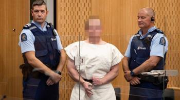 紐西蘭清真寺大屠殺 槍手出庭比白人力量手勢