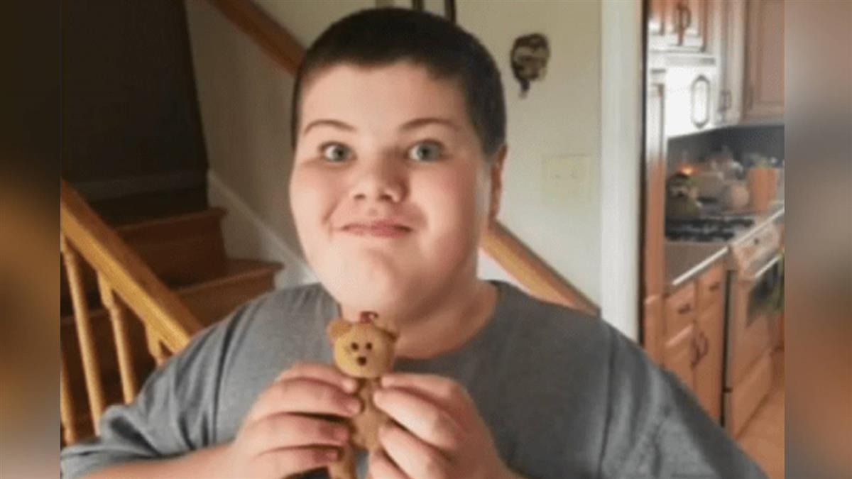 泰迪熊不見了!男童急叩911 警二話不說即刻救援