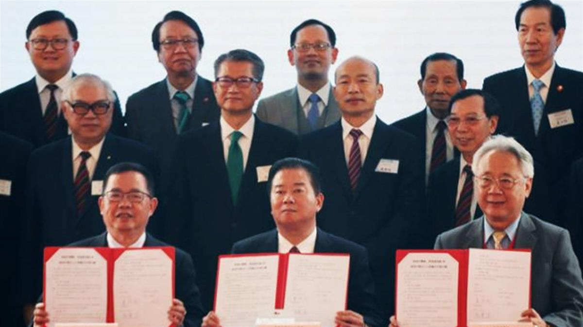 韓國瑜訪澳門化身賣花郎!簽下7.3億大單
