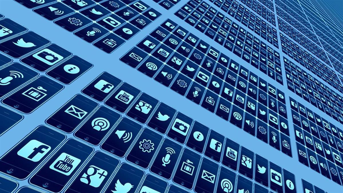 憂數位平台變數位警察 歐民眾上街反新網路版權法