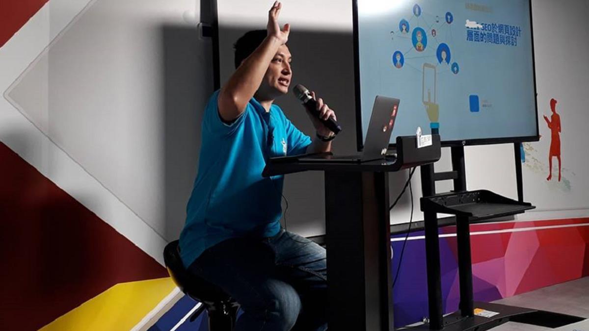 中小企業的隱形數位推手 路老闆:「建網站力求客製化、經驗模組化!」