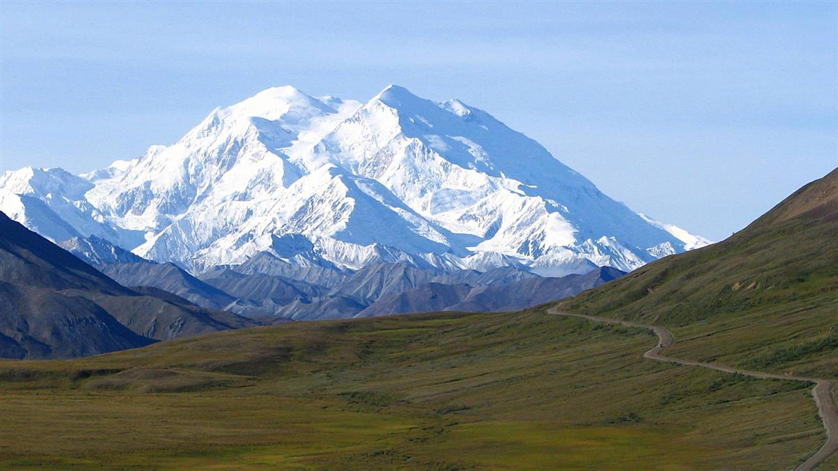 北美最高峰冰川融 66噸冰封噁物恐狂瀉!