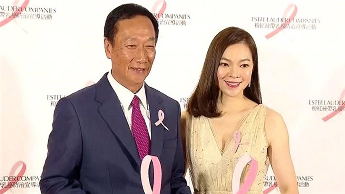 一度反對參選 曾馨瑩配合郭董跳政治圓舞曲