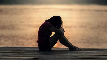10男9嫖?她離婚後要燒炭…父母見遺書大哭