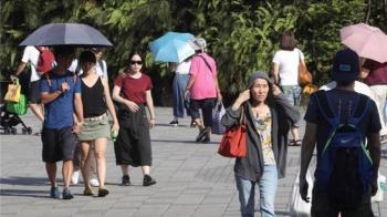 悶熱一周!各地水氣減少 高溫飆到34度