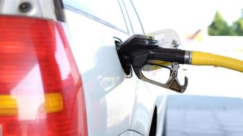 美原油庫存意外大增  紐約油價期貨走低