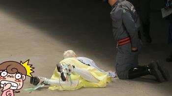 26歲男模突倒地 慘死伸展台!觀眾:以為表演