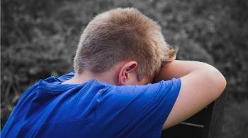 8歲童狂腹痛 爸媽:別裝病!竟是大腸激躁症