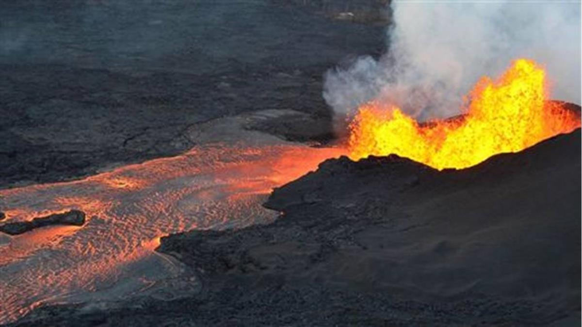 美軍摔落懸崖…掉入高溫火山 結局驚呆