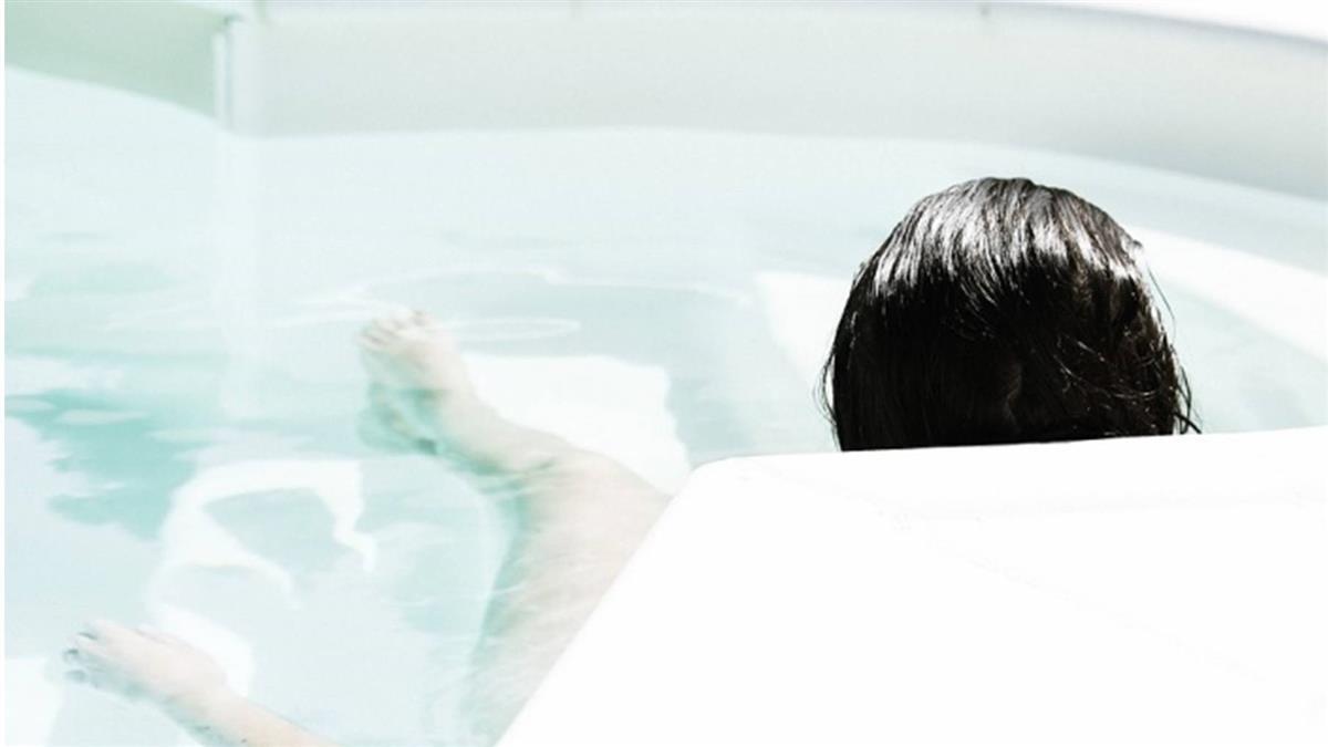 夢到浴缸裡洗澡可脫單?韓瘋傳5種桃花預知夢