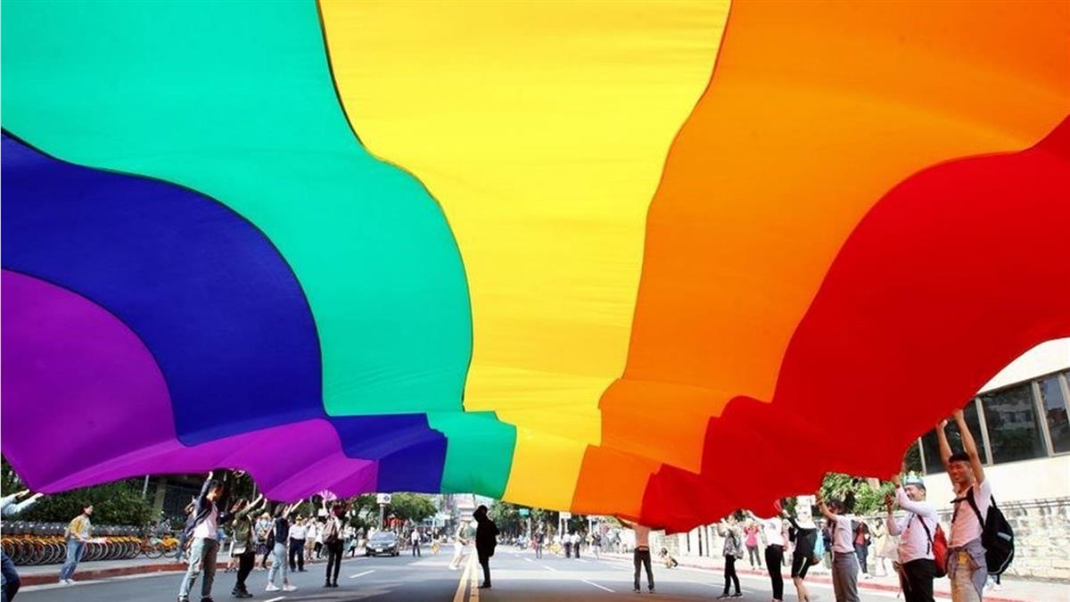 結婚登記取代同性婚姻!政院版專法微調