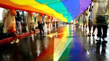 同婚專法立院二讀 同性可辦理結婚登記