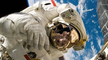 5女太空人感受溫暖快感!回地球竟集體懷孕