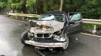 新竹傳嚴重車禍!汽車酒駕撞機車 1命危2重傷