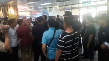 霧鎖金門18班機取消 交通部派專船疏運旅客