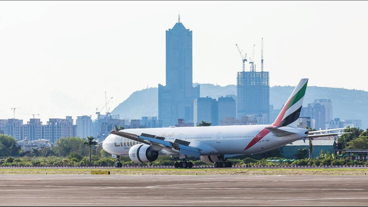 支持韓國瑜砸3千億蓋24小時機場?航空業不同調