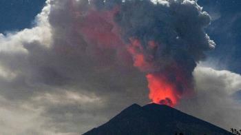 印尼阿貢火山噴發!峇里島機場取消5航班