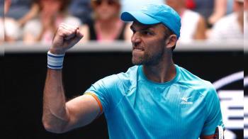 法網賽老將對陣  40歲卡洛維奇擊退37歲羅培茲