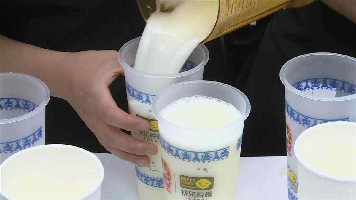 上海老牌糖果結合手搖飲 快閃店日賣逾2千杯