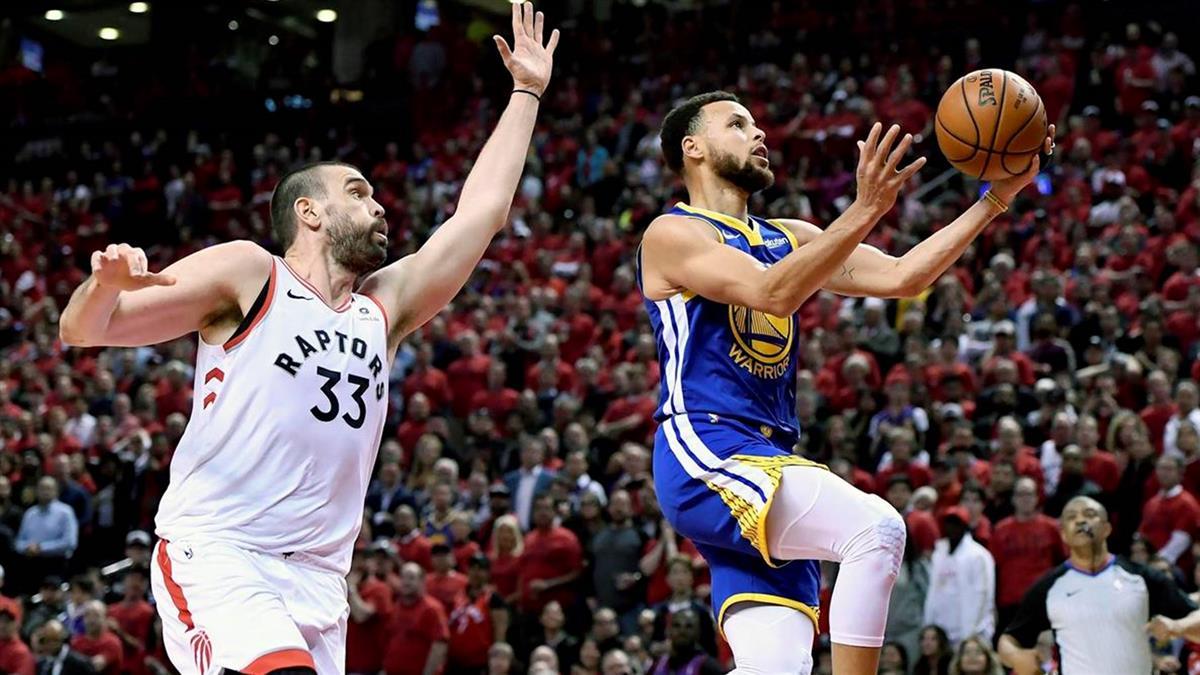 NBA總冠軍!浪花兄弟聯手轟48分 勇士驚險扳平暴龍