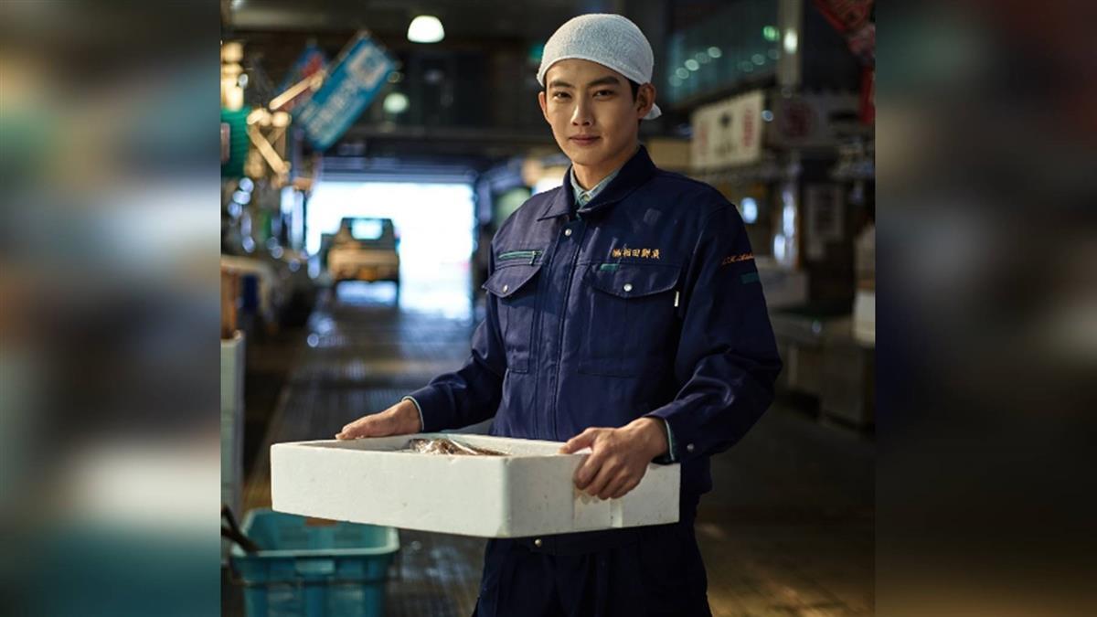 張庭瑚隱身日本轉行賣漁貨 漁市耗費體力全靠河豚補身