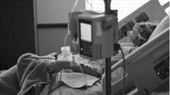妻變植物人躺床4年 他花光積蓄嘆:讓她去死吧
