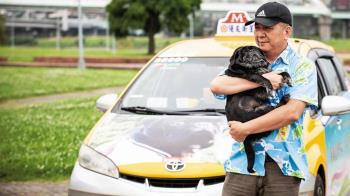 他為「大雄」轉行開小黃 跑車9年惹淚崩
