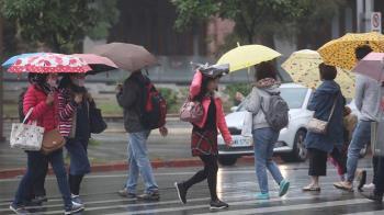 鋒面挾雨彈報到!全台18縣市豪、大雨特報