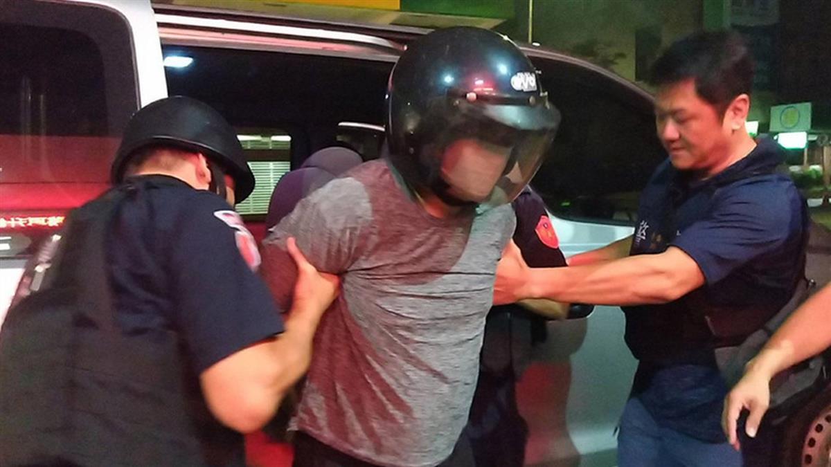 台南殺警男罪嫌重大 法院裁定收押禁見