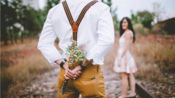 5年沒收過花!男友:等妳死…網曝浪漫理由