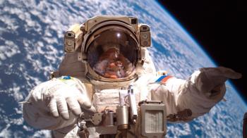 太空人微笑拒捐精!心酸曝宇宙生活:想硬都難