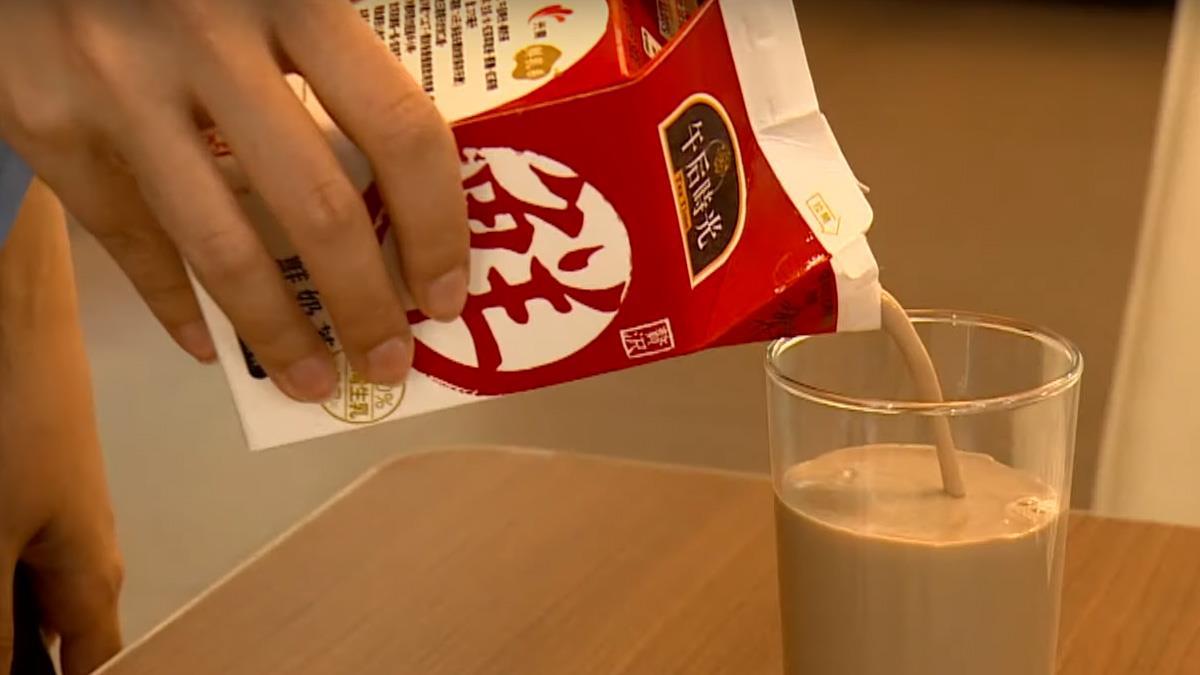即飲奶茶市場熱 乳含量高獲消費者青睞