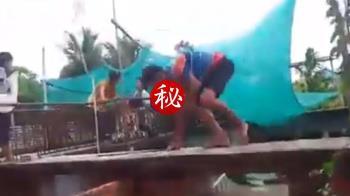 鱷魚撕咬2歲女!勇父跳池搶頭顱 驚險畫面曝光
