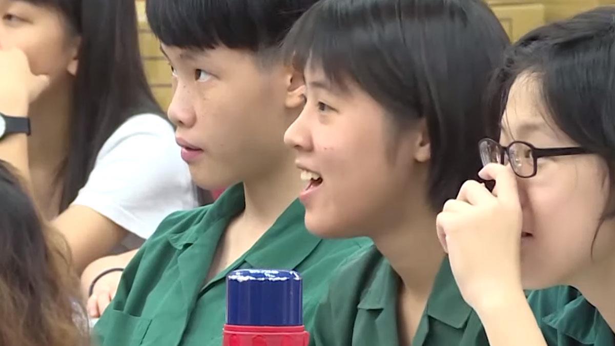 AI生活應用廣 鴻海基金會辦講座推廣